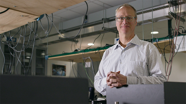 Professor Randall Ellingson receives grant from U.S. Air Force