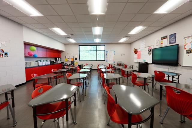 Biloxi Junior High School 7th & 8th Grade -- Spaces4Learning
